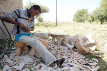 The making of a DUKA stool